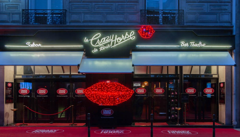 One of the most romantic things to do in Paris is going to crazy horse in paris
