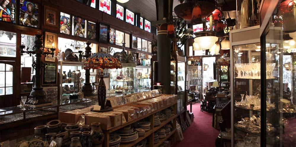 The Nieuwe Spiegelstraat is full of hidden culture gems in Amsterdam