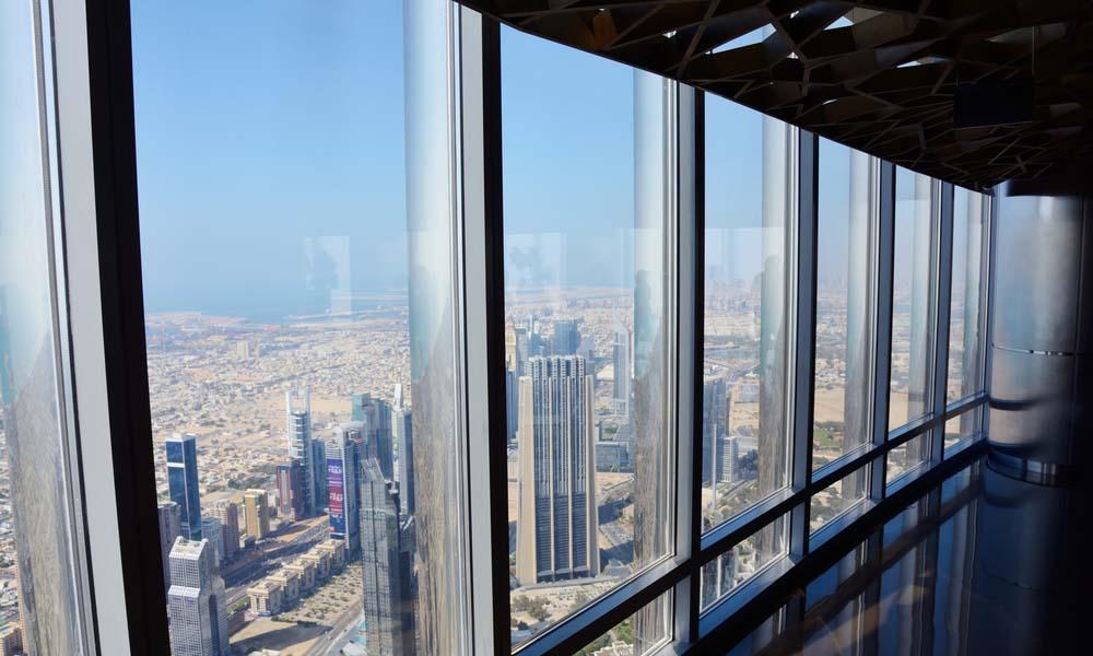 visit the Burj Khalifa on the 148th flloor!
