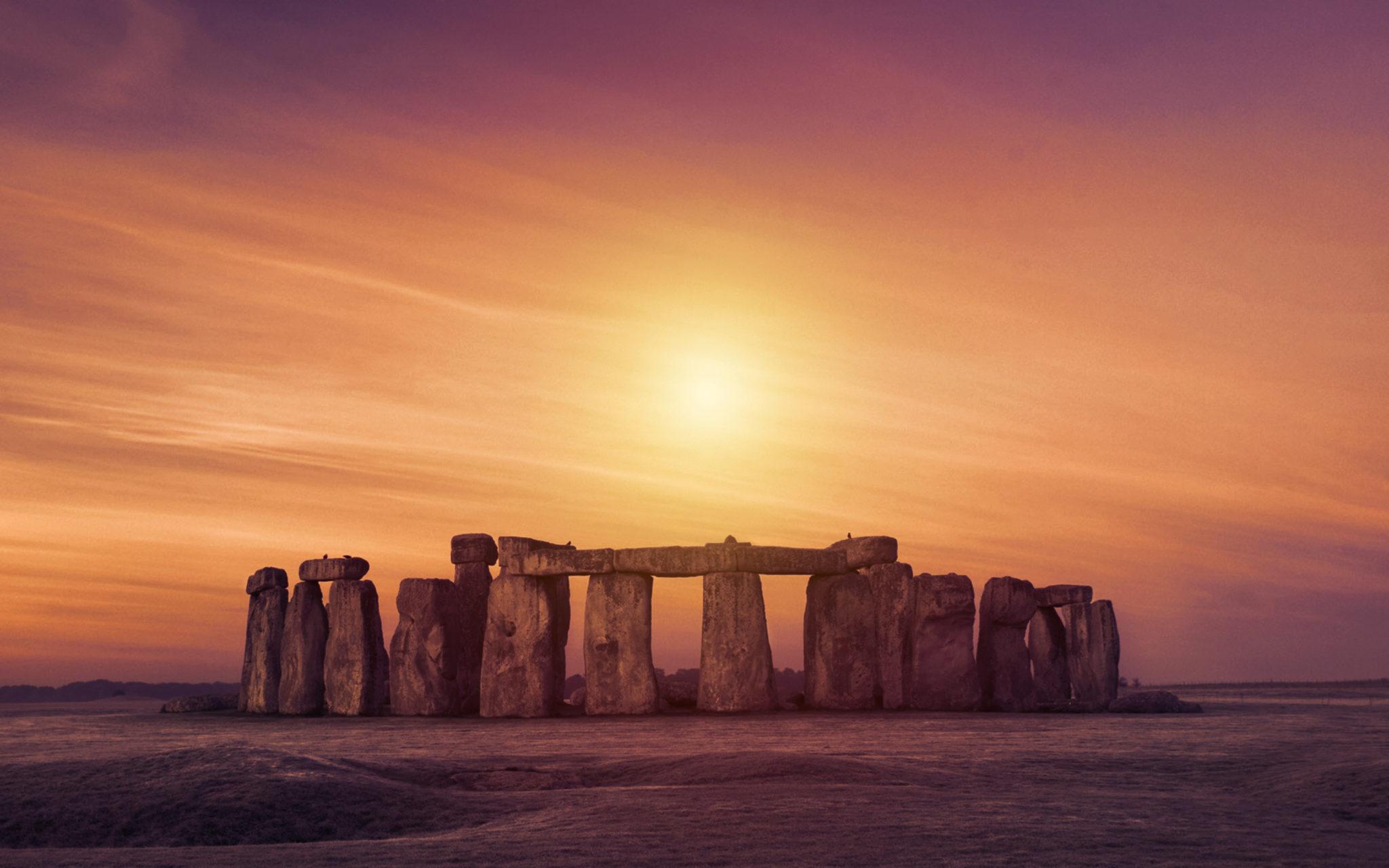 stonehenge historical sites