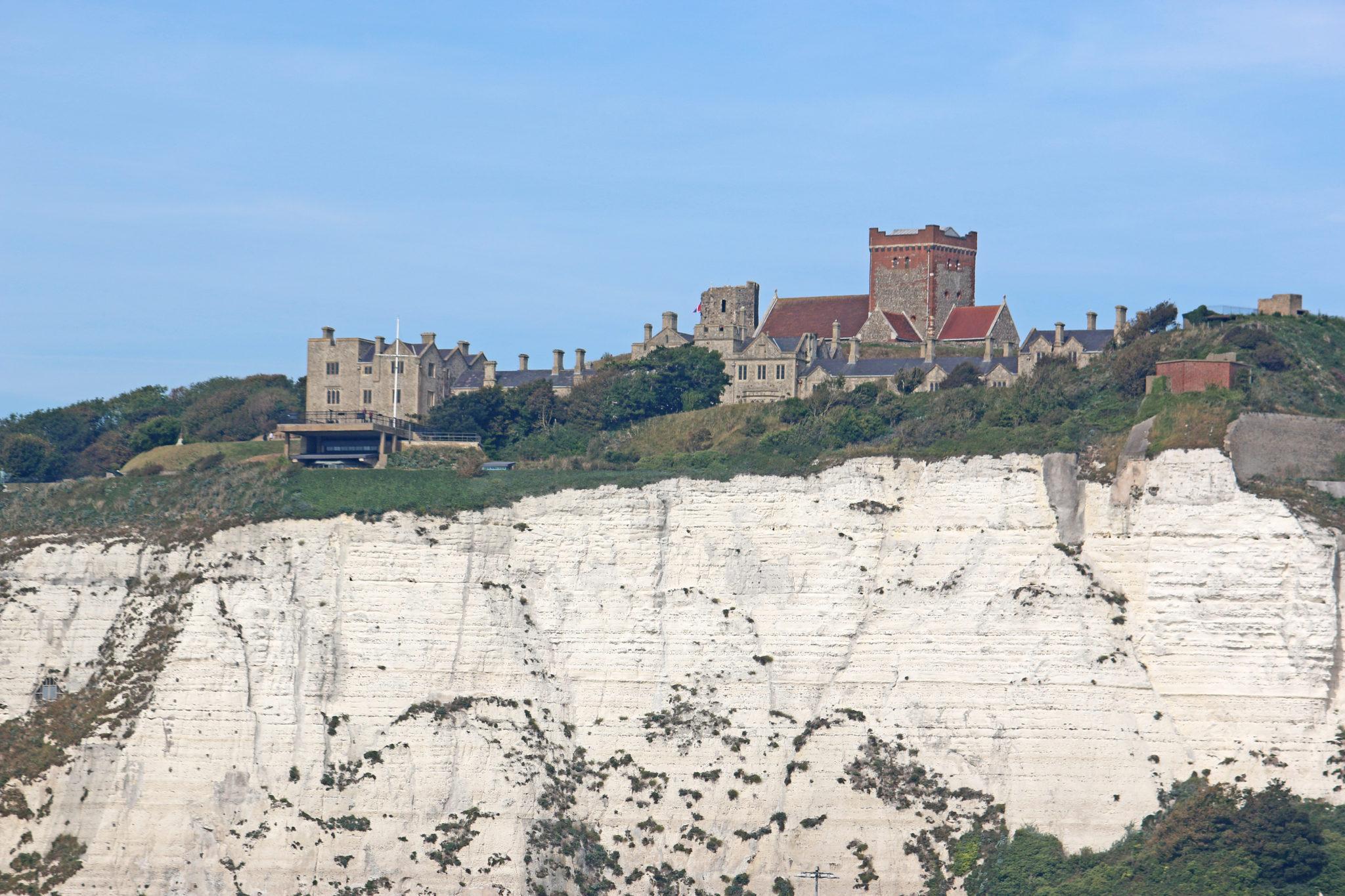 dover castle white cliffs historical sites