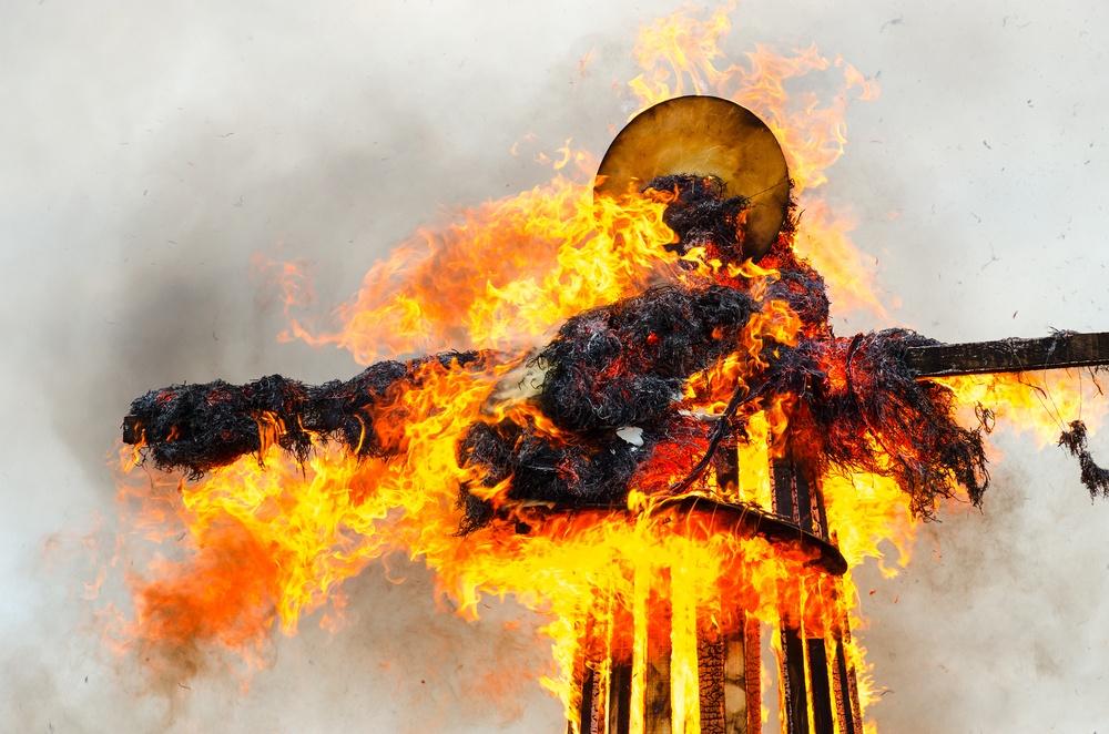año viejo burning effigy in Columbia