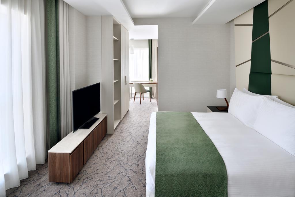 Mövenpick Hotel Apartments Downtown Dubai-10 of 42 photos