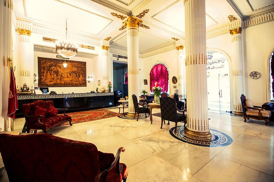 Paradise Inn Windsor Palace Hotel-11 of 43 photos