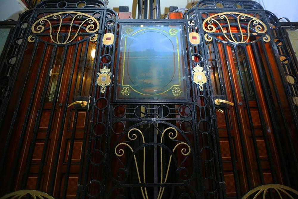 Paradise Inn Windsor Palace Hotel-13 of 43 photos