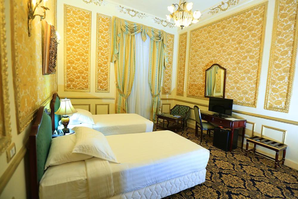 Paradise Inn Windsor Palace Hotel-32 of 43 photos