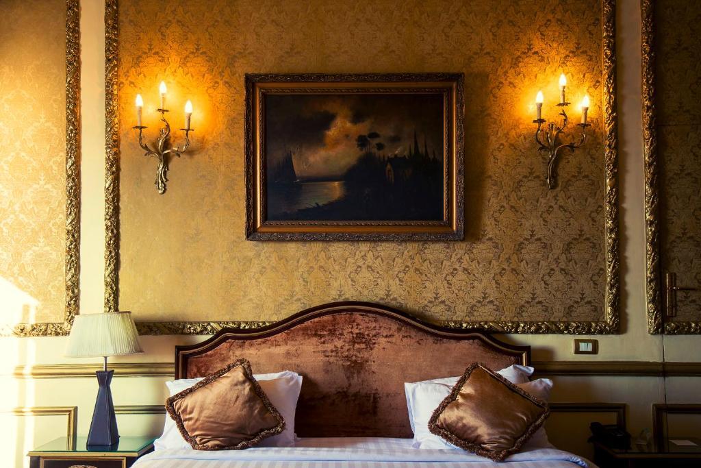 Paradise Inn Windsor Palace Hotel-35 of 43 photos