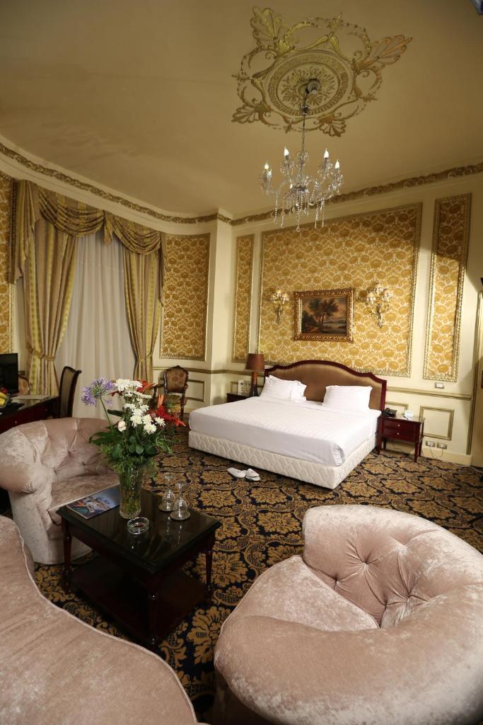 Paradise Inn Windsor Palace Hotel-7 of 43 photos