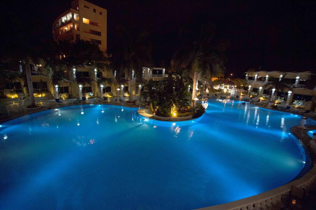 Paradise Inn Beach Resort-3 of 46 photos