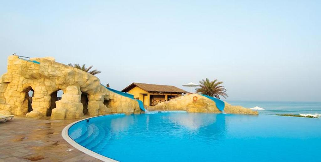 Coral Beach Resort Sharjah-10 of 22 photos