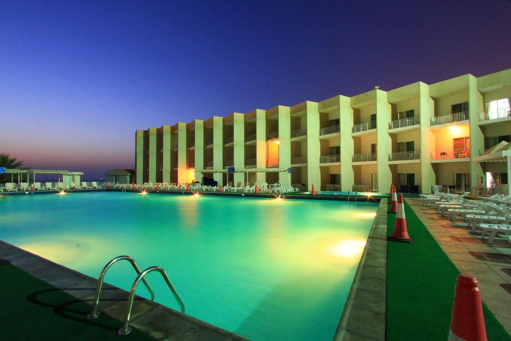 Beach Hotel Sharjah-15 of 39 photos