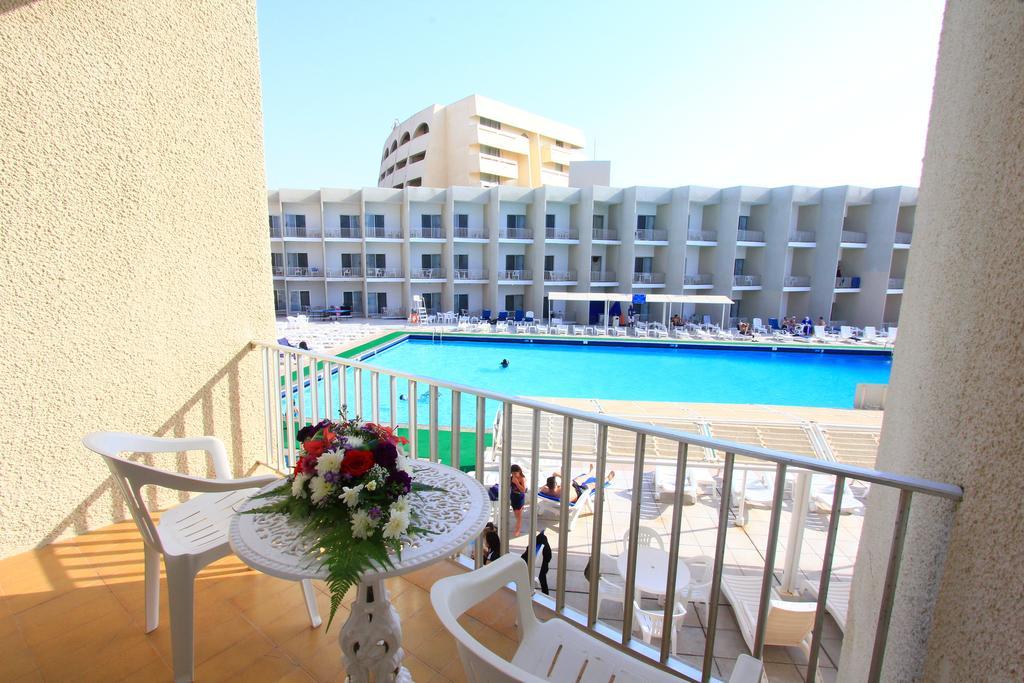 Beach Hotel Sharjah-24 of 39 photos