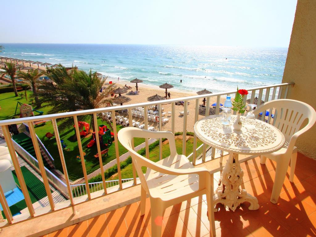 Beach Hotel Sharjah-3 of 39 photos