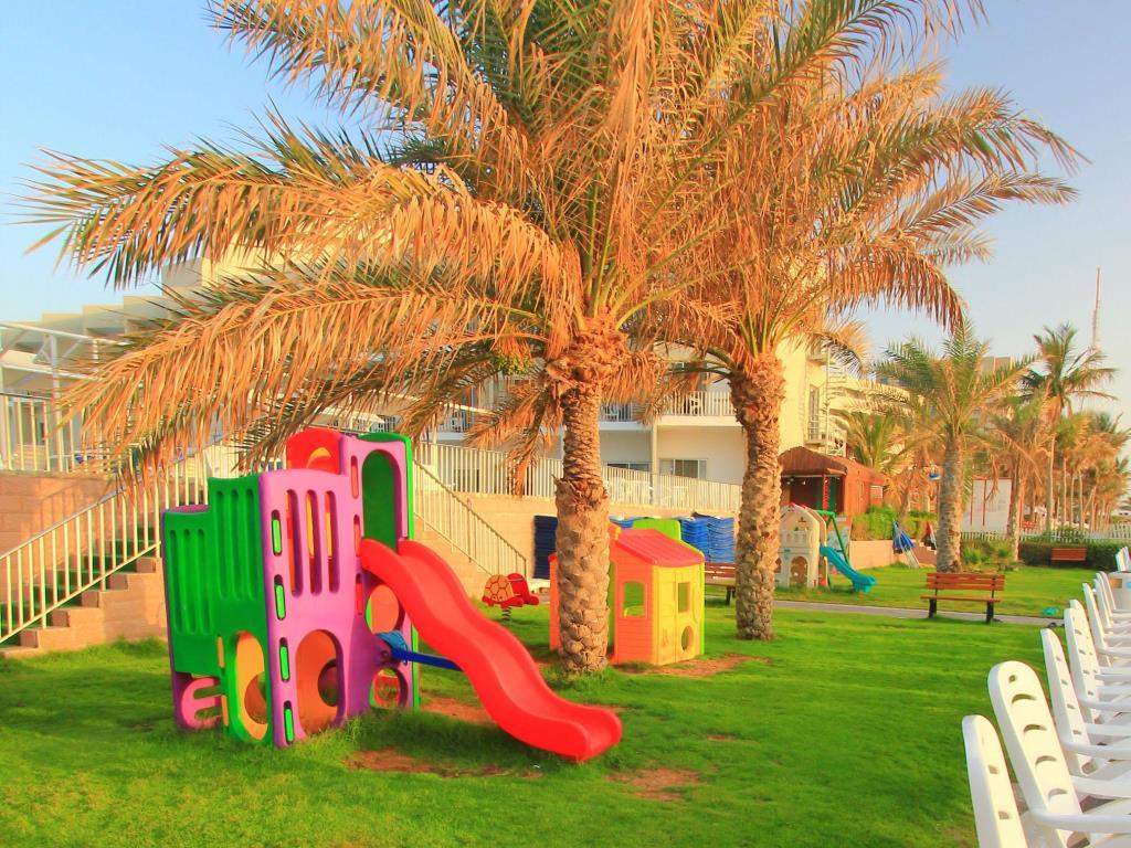 Beach Hotel Sharjah-6 of 39 photos