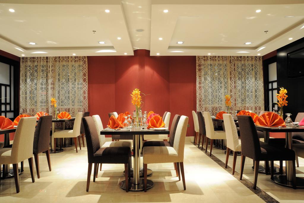 Al Hamra Hotel-25 of 45 photos