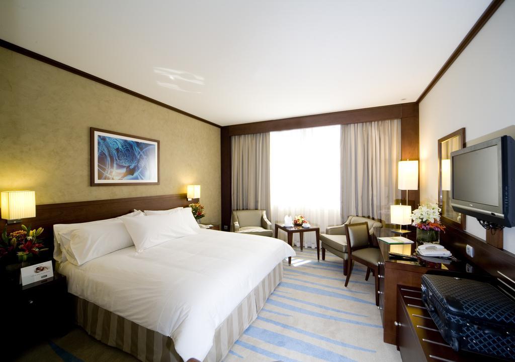 فندق هوليداي إن الرياض ازدهار-31 من 46 الصور