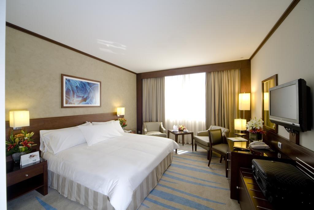 فندق هوليداي إن الرياض ازدهار-33 من 46 الصور