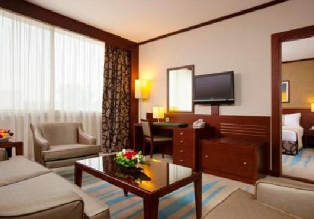 فندق هوليداي إن الرياض ازدهار-39 من 46 الصور