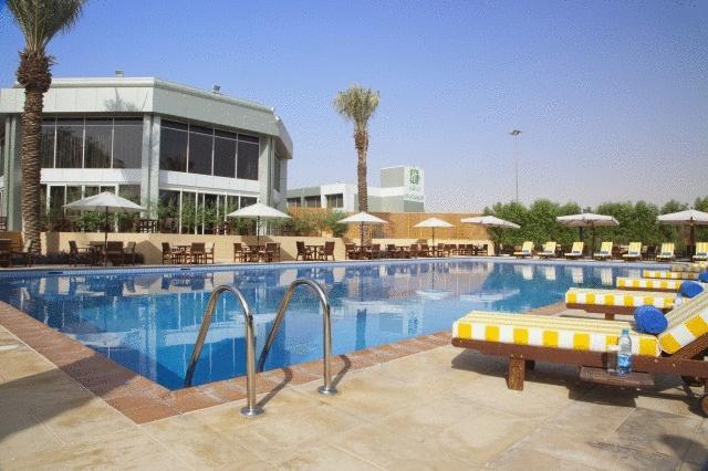 فندق هوليداي إن الرياض ازدهار-10 من 46 الصور