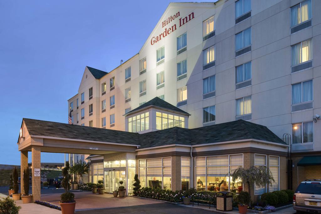 Hilton Garden Inn Queens Jfk Book Hilton Garden Inn Queens Jfk