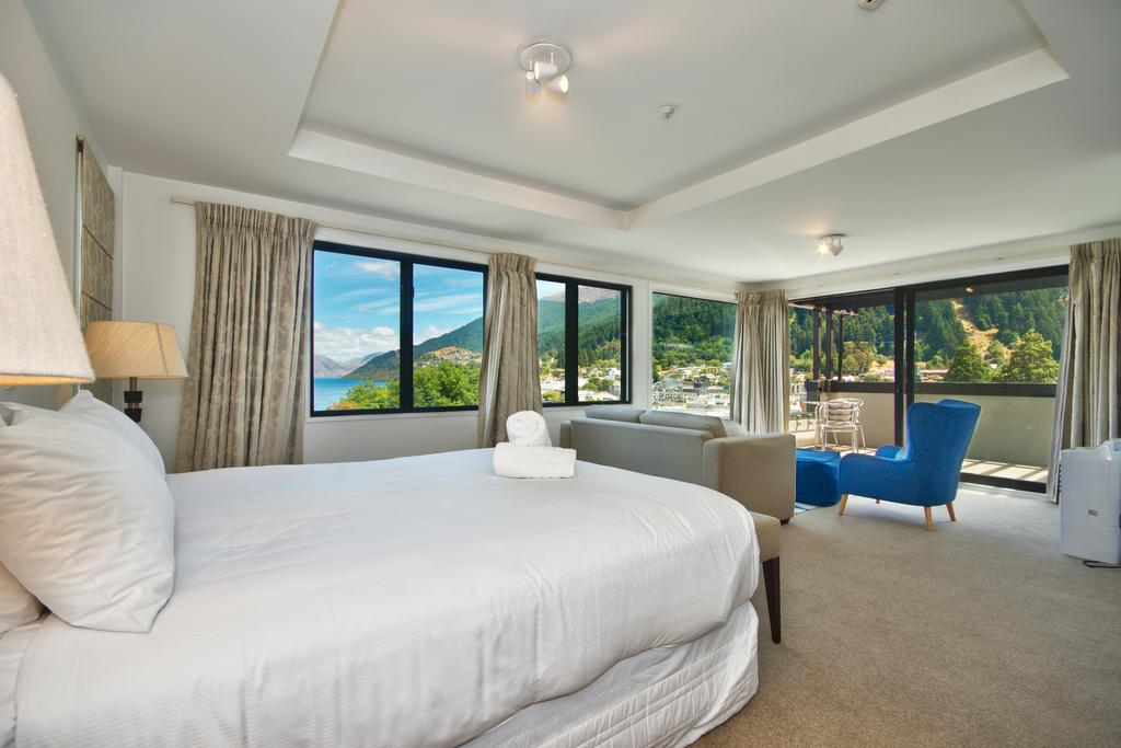 Book Queenstown Motel Apartments - Adults Only with tajawal