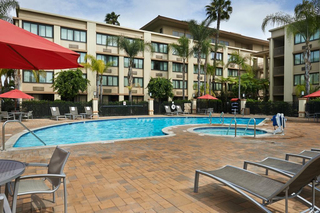 Holiday Inn Buena Park-16 of 26 photos