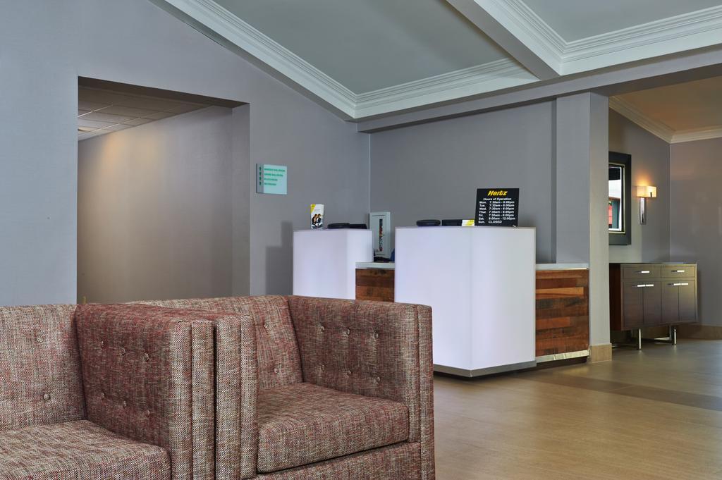 Holiday Inn Buena Park-19 of 26 photos