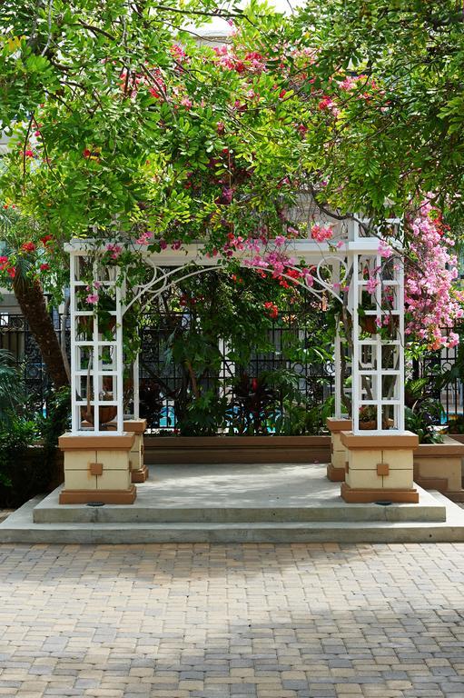 Holiday Inn Buena Park-21 of 26 photos