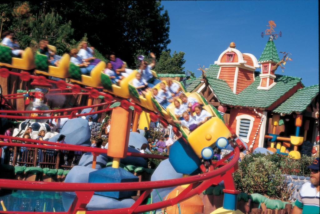 Holiday Inn Buena Park-26 of 26 photos