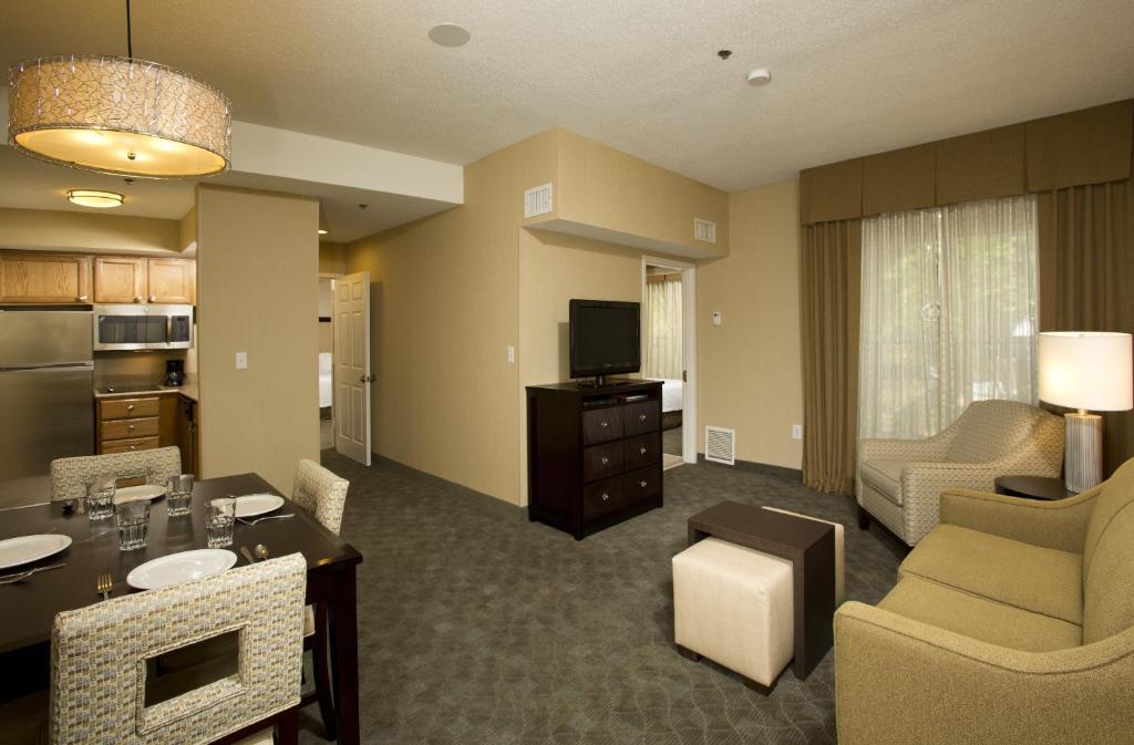 Homewood Suites by Hilton Alexandria-24 of 37 photos