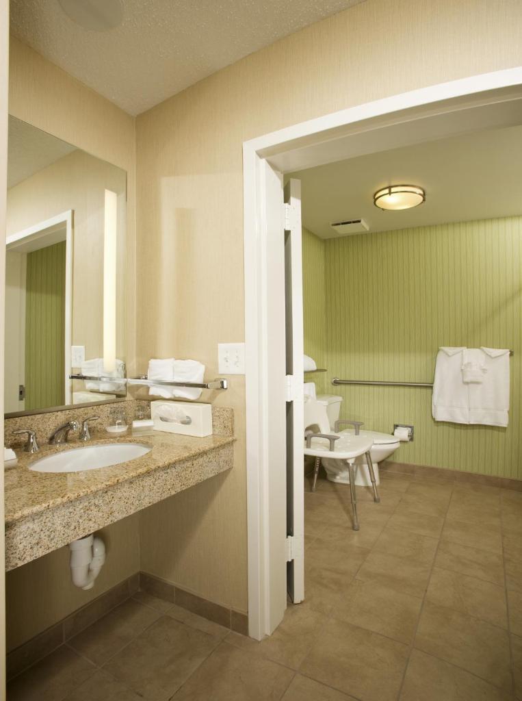 Homewood Suites by Hilton Alexandria-25 of 37 photos
