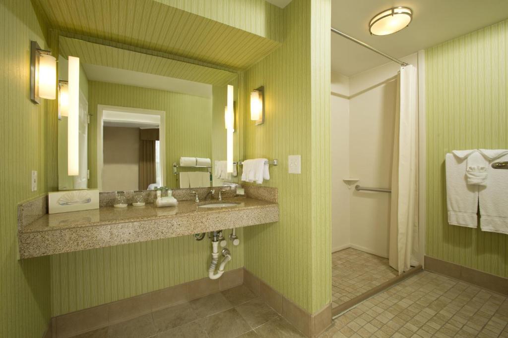 Homewood Suites by Hilton Alexandria-26 of 37 photos