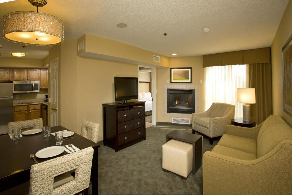 Homewood Suites by Hilton Alexandria-32 of 37 photos