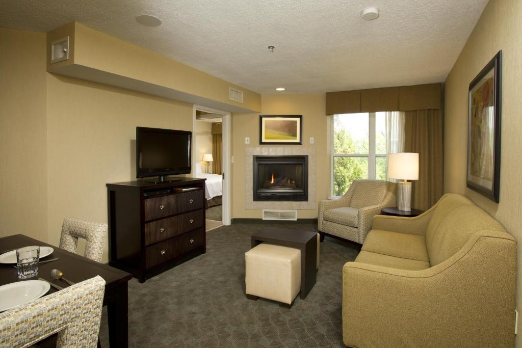 Homewood Suites by Hilton Alexandria-5 of 37 photos