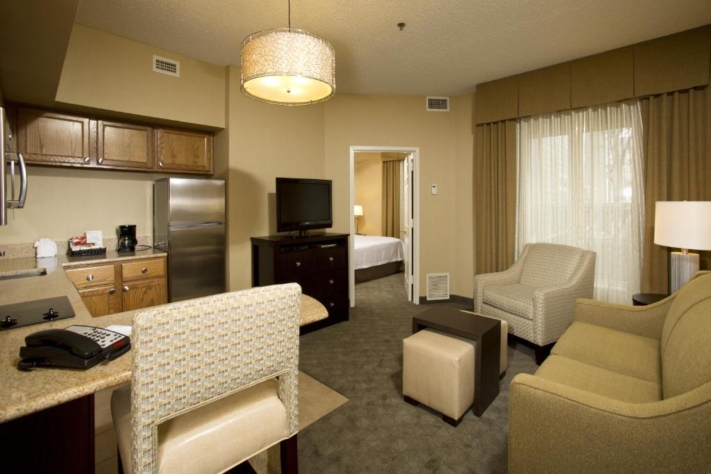 Homewood Suites by Hilton Alexandria-8 of 37 photos