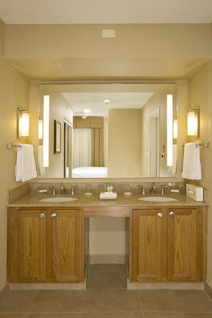 Homewood Suites by Hilton Alexandria-9 of 37 photos