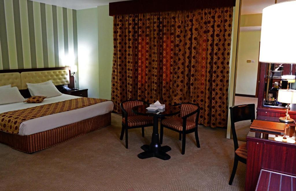 Larsa Hotel-24 of 36 photos