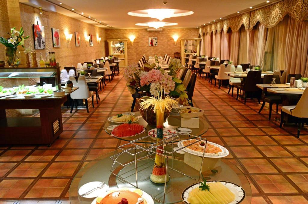 Larsa Hotel-28 of 36 photos