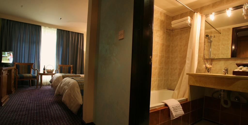 Imperial Palace Hotel-10 of 42 photos