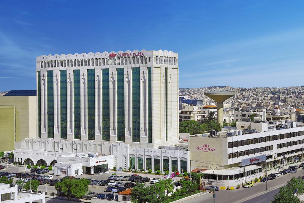 Crowne Plaza Amman-1 of 45 photos