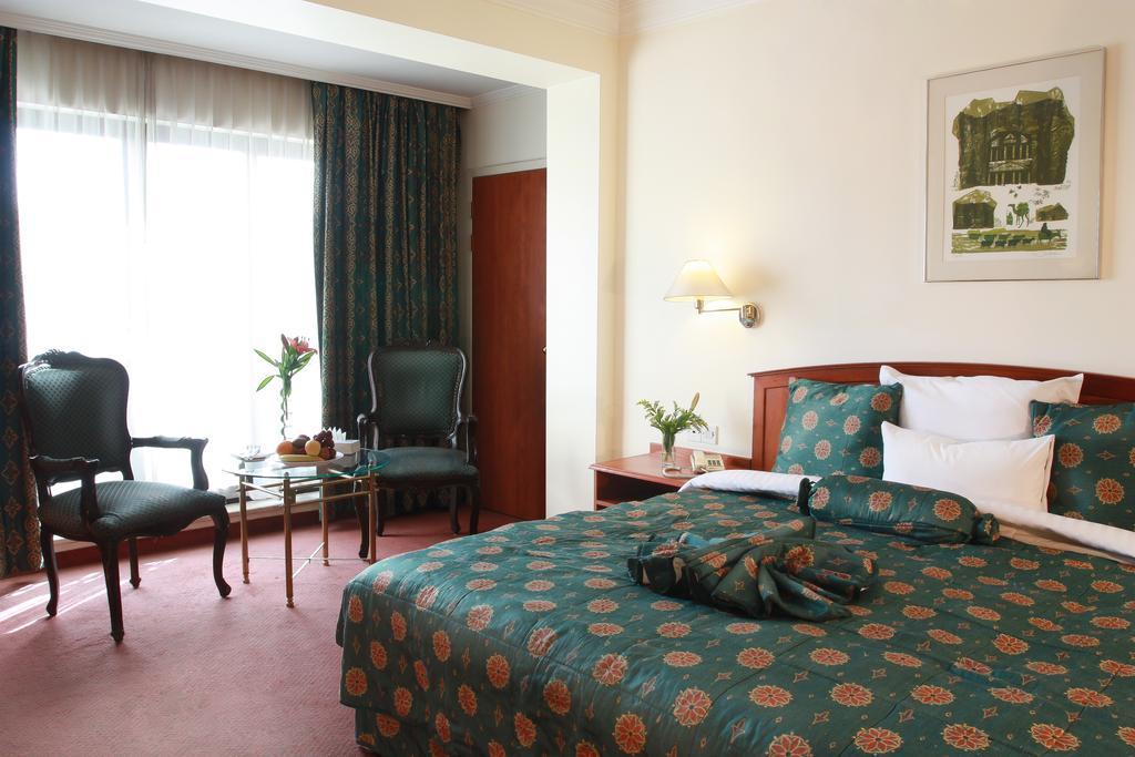 Grand Palace Hotel-2 of 35 photos