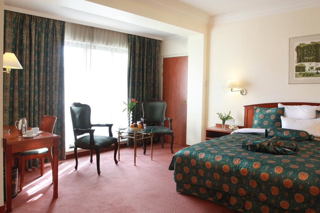 Grand Palace Hotel-19 of 35 photos