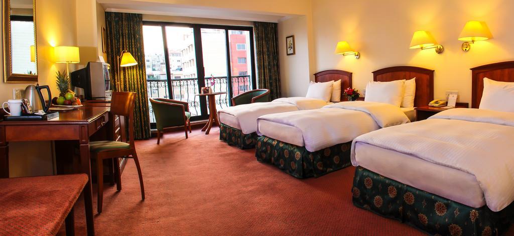 Grand Palace Hotel-30 of 35 photos
