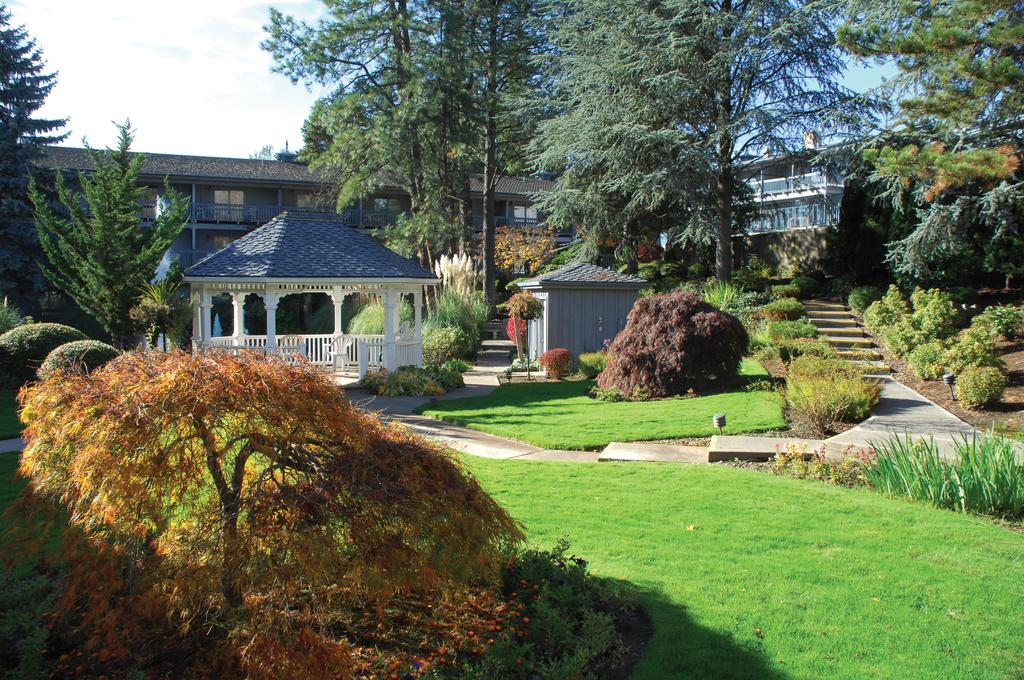 Book Shilo Inn Suites Hotel   Portland/Beaverton With Almosafer, Book Now  At Best Low Prices