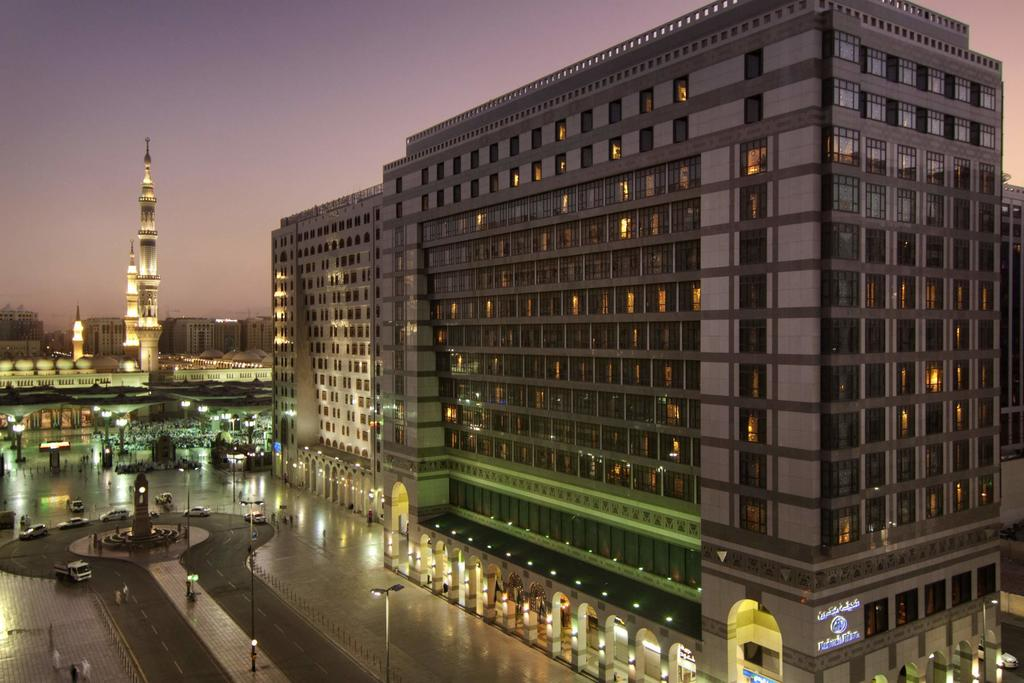 Madinah Hilton Hotel-3 of 43 photos