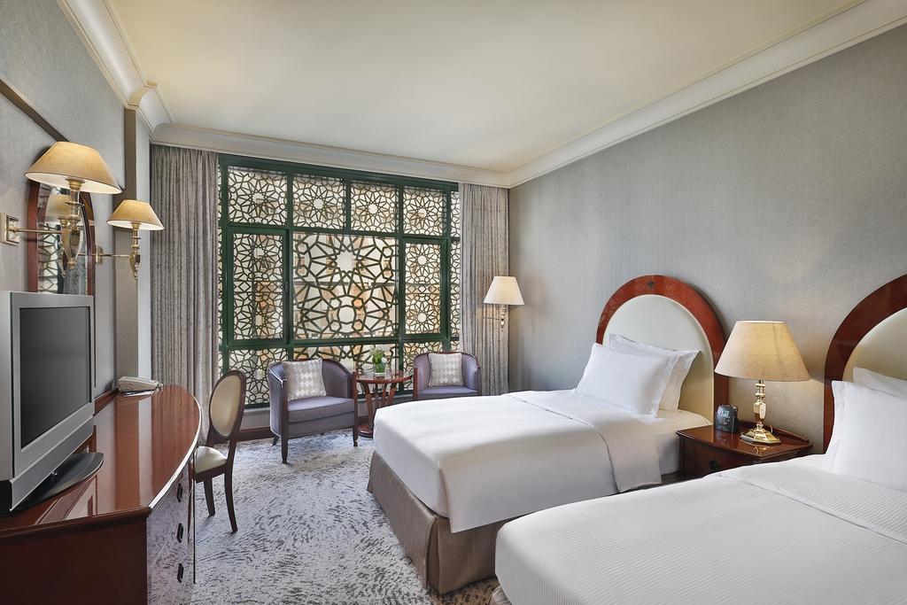 Madinah Hilton Hotel-5 of 43 photos