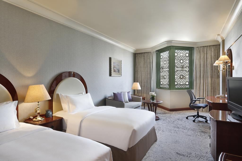 Madinah Hilton Hotel-16 of 43 photos