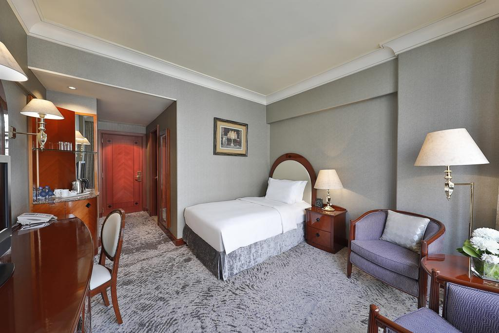 Madinah Hilton Hotel-17 of 43 photos