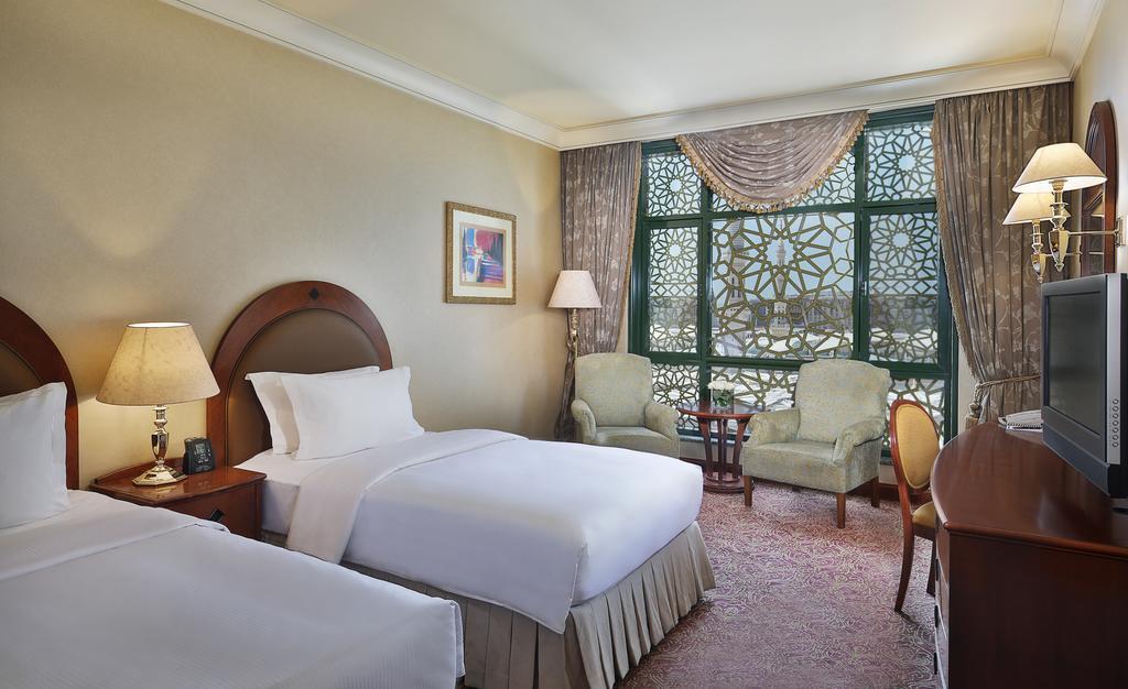Madinah Hilton Hotel-19 of 43 photos