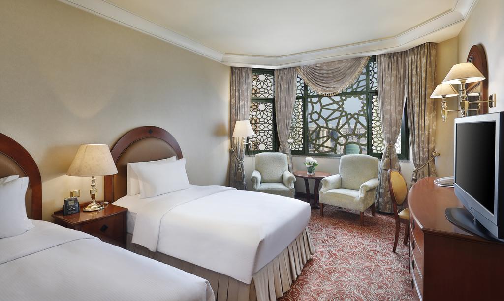 Madinah Hilton Hotel-20 of 43 photos